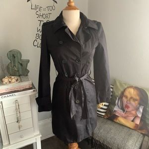 Zara// belted trench size xs